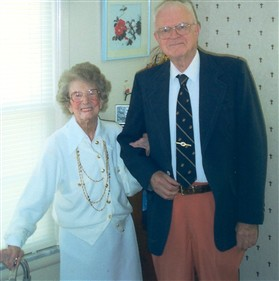 Photo:Florence van Stockum and her son Ronald in 2002