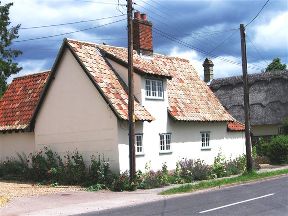 Photo:Fox Cottage in 2012.