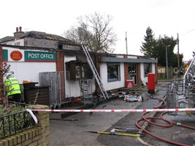 Photo:Orwell Village Stores on the morning of the fire in March 2011