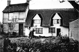 Photo:Manor Farm Cottage - then in dual occupation.