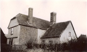 Photo:Meadowcroft Cottage (formerly Town Farm) in the 1920s