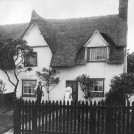 Photo:Orchard Cottage 1920s