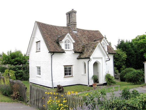 Photo:Quinneys - one of three 'Bendyshe' cottages in Orwell.
