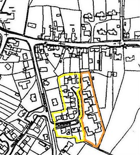 Photo:Pearmains Close in 1999, showing the two stages of development;        1970 - outlined in yellow and 1984 - outlined in brown
